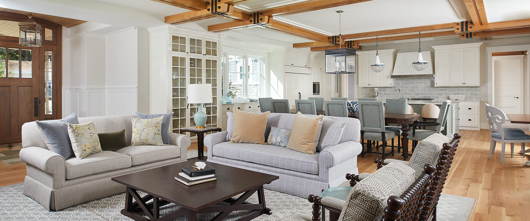 Lakefront cottage living space